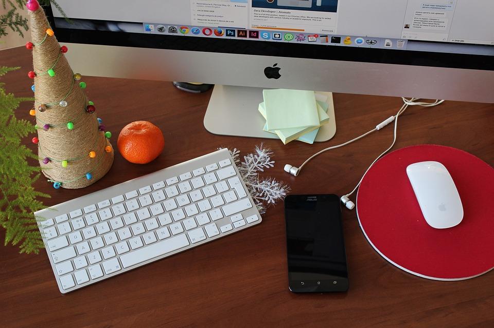 Office desk Christmas feel